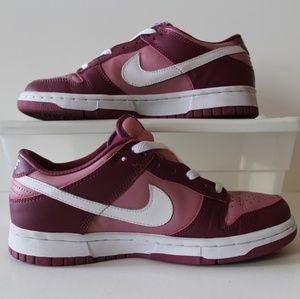 Barely worn Nike fuchsia pink sneakers